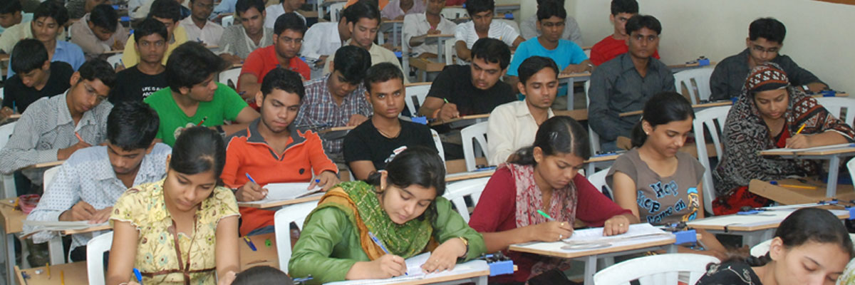 ezc-classes-students-in-bhopal